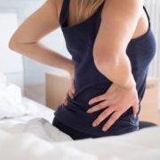 Douleurs au dos et petits conseils pour les éviter !